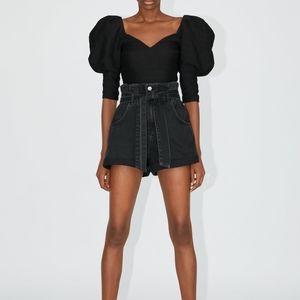 Zara   paperbag waist black denim shorts
